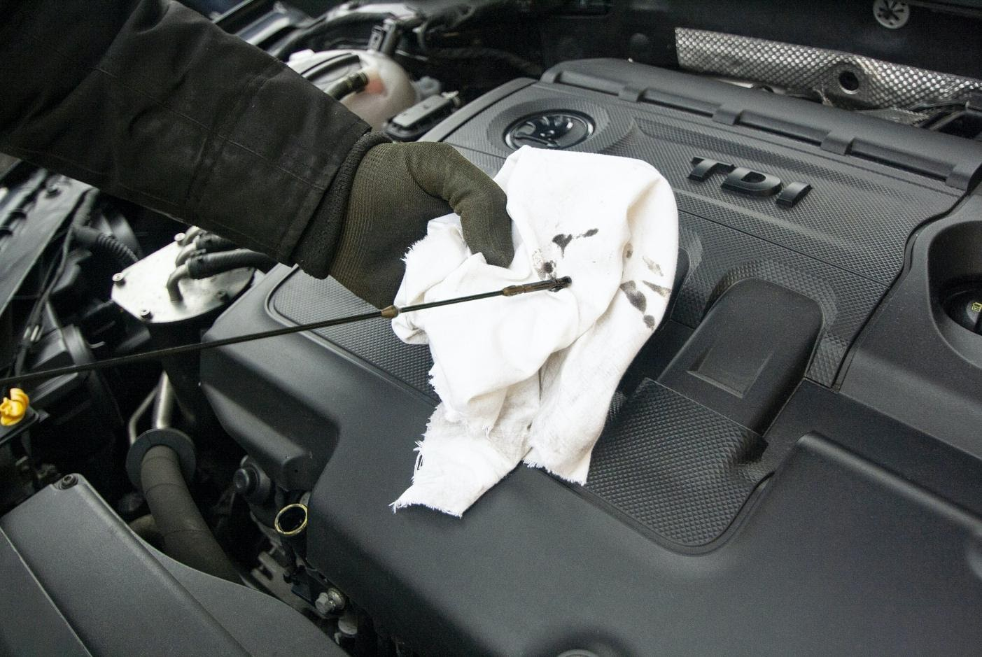 Important car fluids and how to maintain them